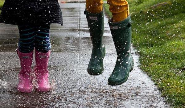 Ką veikti kai lyja?